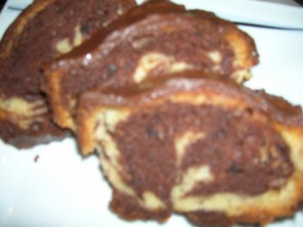 Marmorkuchen mit Mandel und Creme fraiche - Rezept