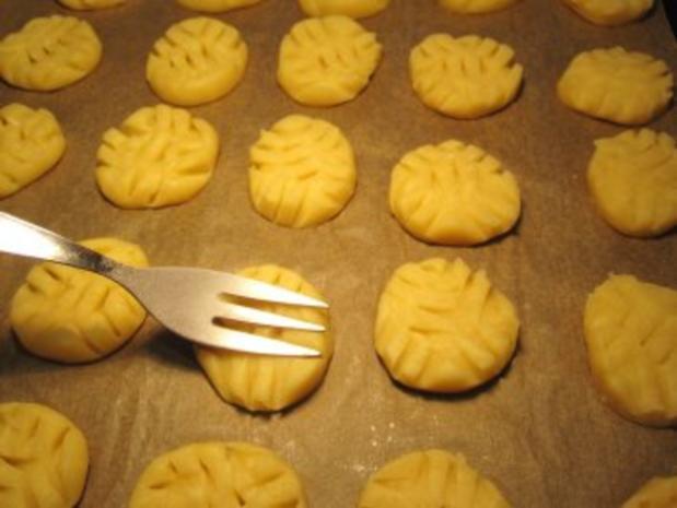 Feine Butterplätzchen ... (ergibt etwa 100 Stück) - Rezept - Bild Nr. 5