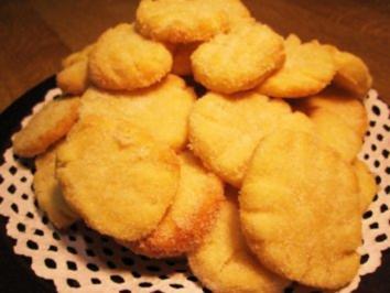Feine Butterplätzchen ... (ergibt etwa 100 Stück) - Rezept