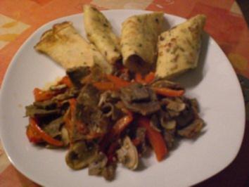 Gemüse-Kebap-Pfanne mit Gewürz-Pfannkuchen - Rezept
