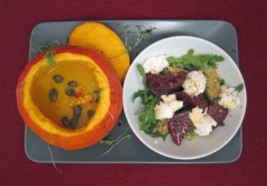 Kürbissüppchen mit lauwarmem Rote-Bete-Salat - Rezept