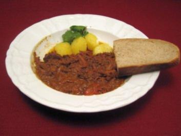 Slow-Food-Gulasch - Rezept