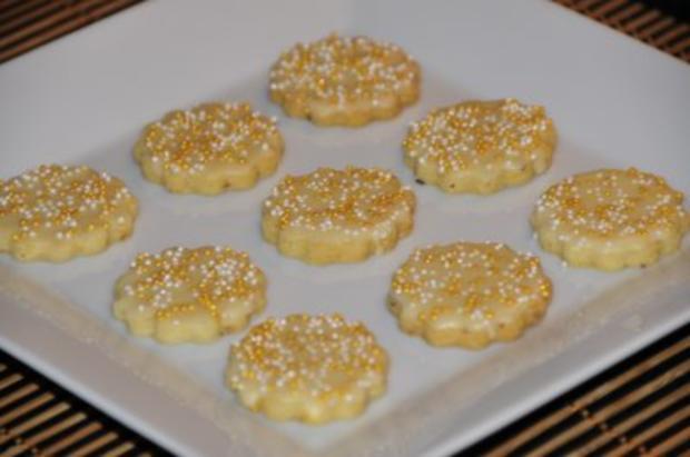 Weihnachtsplätzchen -  Eierlikörkekse - Rezept