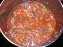 Spagetti mit Bolognese-Soße und Käse - Rezept