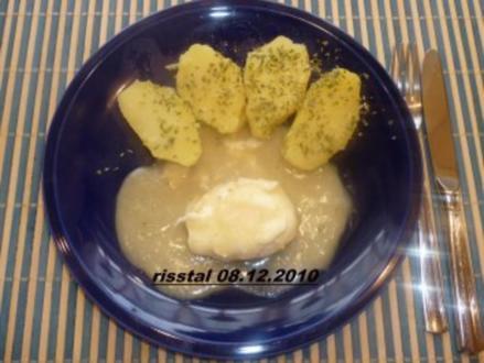 Verlorene Eier in Zwiebelsoße - Rezept