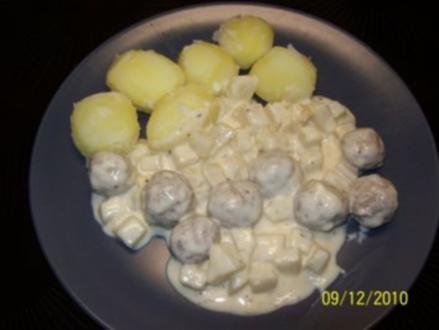 Frikadellen mit Kohlrabi in Sahnesauce - Rezept