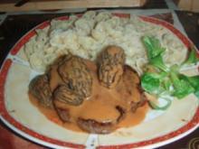Filetto di Cavallo alla Tavantina mit Teigwaren an einer Morchelsauce und Salat - Rezept