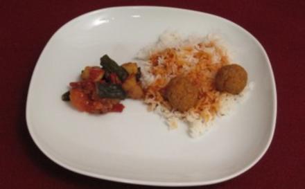 Hackfleisch-Bällchen auf Basmatireis mit Okra-Gemüse-Curry - Rezept