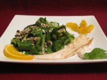 Gemischter Salat mit Orangenvinaigrette und geräucherter Forelle - Rezept