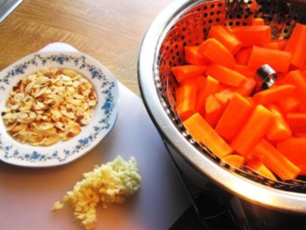 Möhren-Gemüse mit Knoblauch und Mandeln - Rezept - Bild Nr. 4