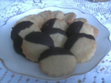 Schoko-Vanille-Plätzchen - eine süße Verführung - Rezept