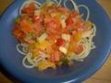 Spaghettini mit Gemüseragout und Feta - Rezept