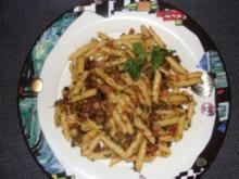 Nudeln : -Penne mit Kanar. Olivensauce und Chorizo oder Kochschinken- - Rezept