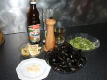 Muscheln in Weißweinsoße / Cozze alla marinara - Rezept