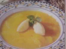 Orangensuppe mit Griessklösschen - Rezept