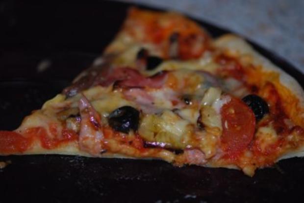 """""""Pizza Prosciutto"""" mit allem Drum und Dran - Rezept - Bild Nr. 12"""