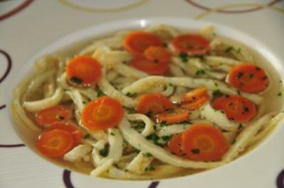 Suppeneinlage - Flädle (Fritatten) - Rezept