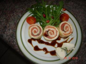 Rezept: Vorspeise : Räucherlachs im Pfannkuchenteig
