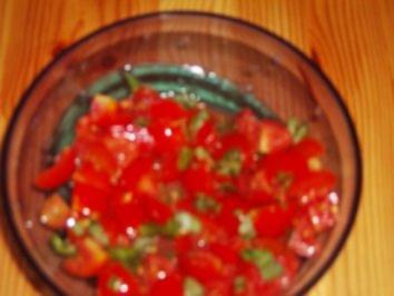 Frischer Tomatensalat - Rezept