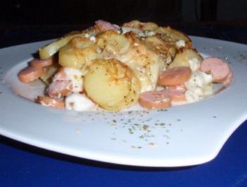 Maultaschen-Auflauf mit einer Kartoffel-Käse-Haube - Rezept