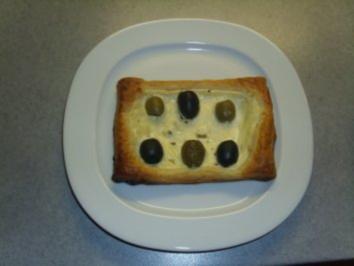 Pikante Kuchen: Blätterteig mit Oliven - Rezept