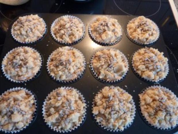 Apfel-Muffins mit Lebkuchenstreuseln - Rezept - Bild Nr. 5