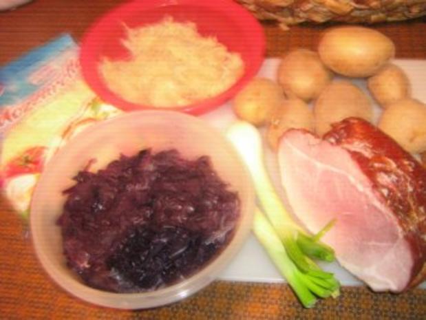 Rotkrautauflauf mit Kartoffeln und Schäufelestreifen - Rezept - Bild Nr. 2