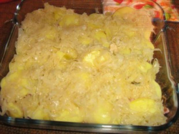 Rotkrautauflauf mit Kartoffeln und Schäufelestreifen - Rezept - Bild Nr. 5