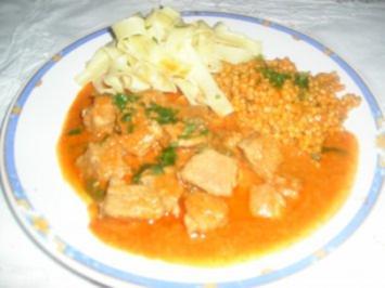 Rezept: Kalbsgulyas mit Tarhonya  (oder Nockerl)