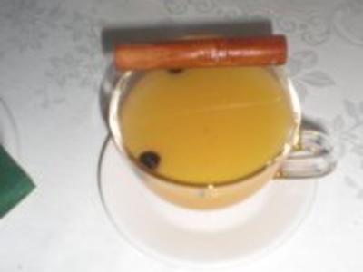 Fruchtiger Weißweinpunsch - Rezept