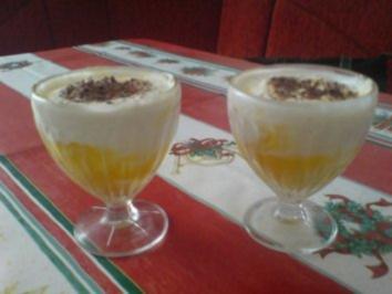 Rezept: Cocosnuss-Joghurtcreme mit Mango und Ananas