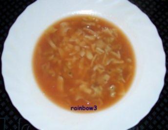 Kochen: Gemüsebrühe mit Nudeln - Rezept