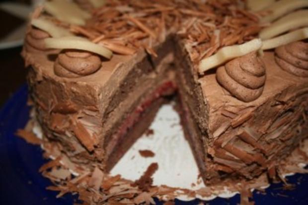 Torten: Trüffeltorte mit einem Hauch von Zimt - unsere Weihnachtstorte - Bilder sind on - - Rezept - Bild Nr. 3