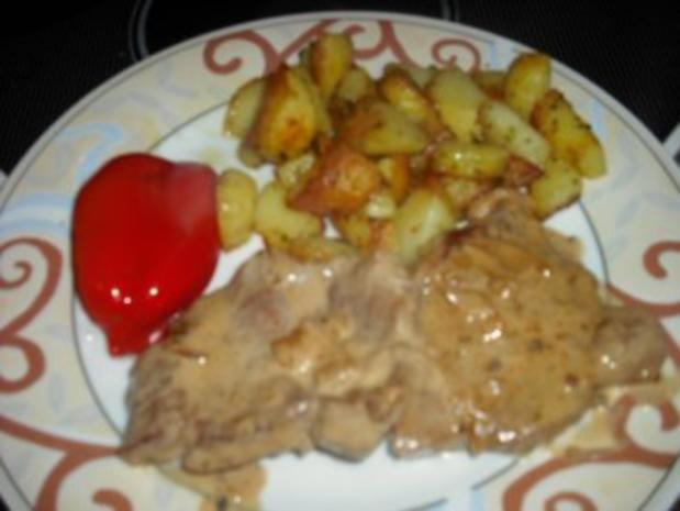 Minutensteak's mit Zwiebel-Sahne Soße & Röstkartoffeln - Rezept - Bild Nr. 5