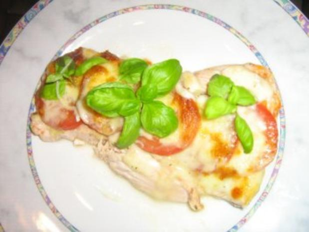 Putenschnitzelchen unter einer Tomaten-Mozzarella-Kruste - Rezept - Bild Nr. 7