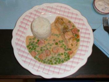 Fisch : Gedünstetes Seelachsfilet mit gebundenem Mischgemüse und Reis - Rezept