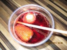 Erdbeer-Rotwein-Ginger Ale  Bowle - Rezept