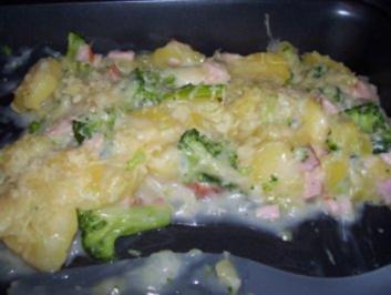 Rezept: Broccoli-Kartoffel-Schinken Auflauf