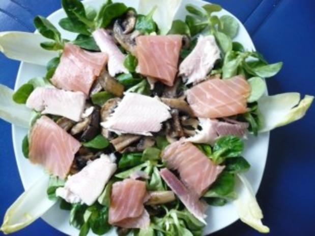 Winterlicher Salat mit Räucherfisch - Rezept - Bild Nr. 4