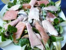 Winterlicher Salat mit Räucherfisch - Rezept