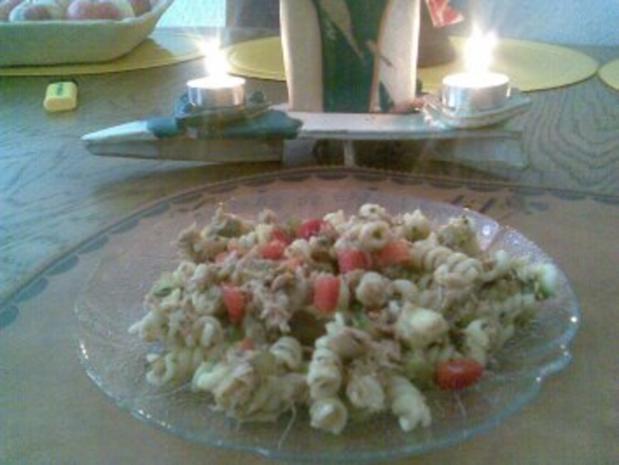 Nudelsalat mit Fisch - Rezept - Bild Nr. 6