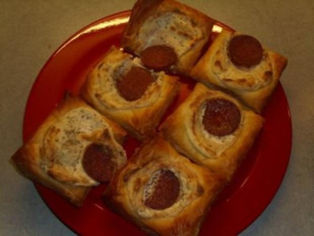 Pikante Kuchen: Blätterteig mit Nusskäse und Salami - Rezept - Bild Nr. 4