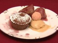 Flüssiger Schokoladenkuchen mit Rotweinfeigen (Leo Bartsch) - Rezept