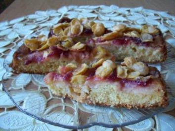 Rührkuchen mit Äpfeln und Preiselbeeren unter Knusperhaube - Rezept