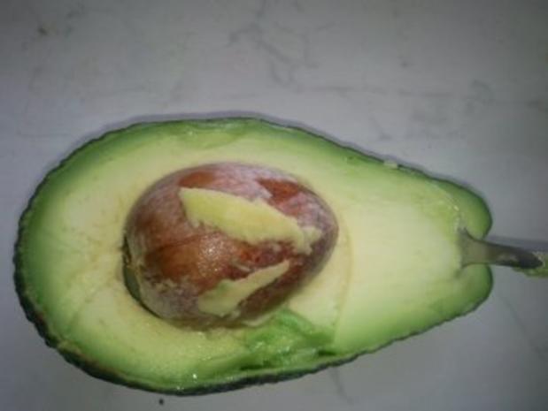 Wachteleier auf Avocadocreme - Rezept - Bild Nr. 4