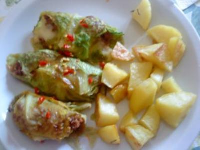 Zwergi's Mini - Wirsingrouladen aus dem Backofen mit Rosmarinkartoffeln - Rezept