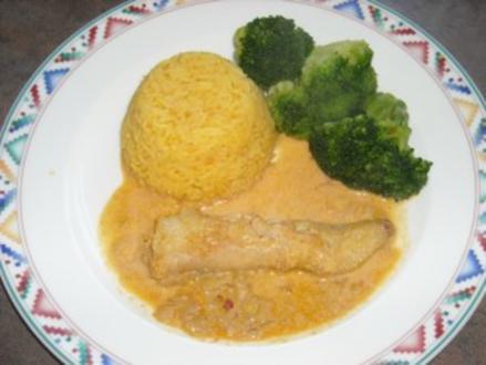 Seeteufel, gedünstet mit Brokkoli und Kurkuma-Reis - Rezept
