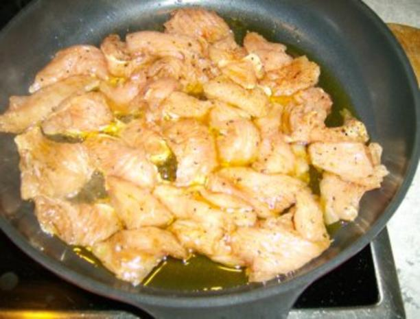 Salat mit gebratenen Putenstreifen - Rezept - Bild Nr. 3