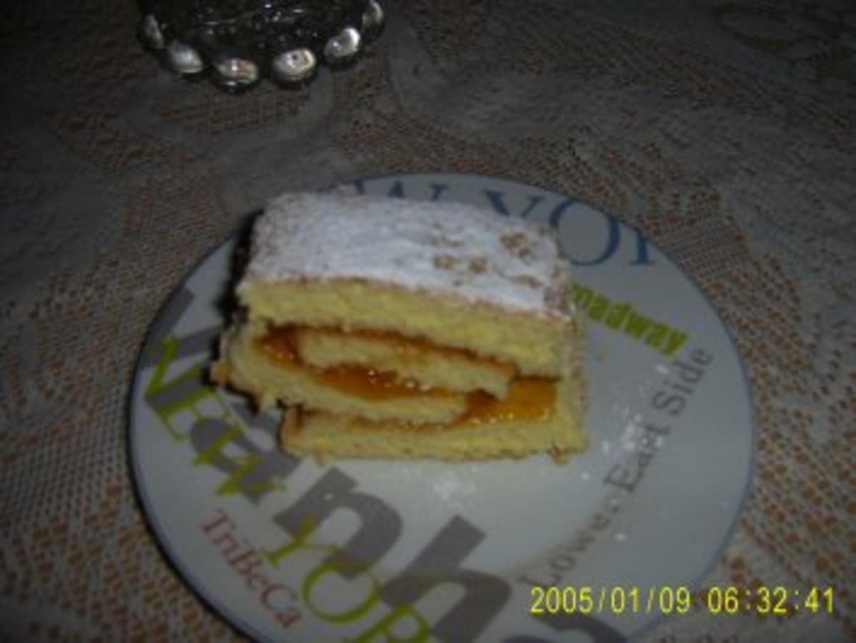 Bilder für Biskuitrolle mit Aprikosenmarmelade Bilder on - Rezept
