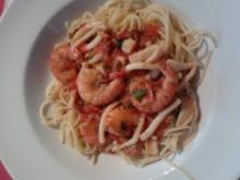 Spaghetti Frutti de mare hot and spicy - Rezept
